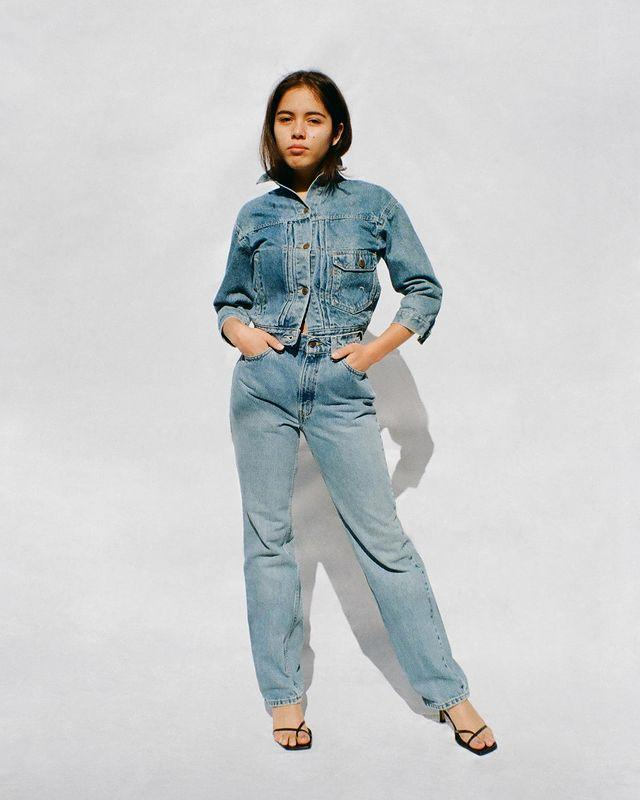 "<p>Not every single pair of Levi's comes in an extended length, but enough do to make tall gals feel included. Rather than shop for tall-specific sizes, just select your inseam—28"" through 32""—before you add to cart.<strong><br></strong></p><p><strong>Our Pick: </strong><em><a href=""https://www.levi.com/US/en_US/clothing/women/jeans/501-skinny-womens-jeans/p/295020179"" rel=""nofollow noopener"" target=""_blank"" data-ylk=""slk:Skinny Women's Jeans"" class=""link rapid-noclick-resp"">Skinny Women's Jeans</a>, </em>$89.50</p><p><a href=""https://www.instagram.com/p/CGDKIcgAQAm/"" rel=""nofollow noopener"" target=""_blank"" data-ylk=""slk:See the original post on Instagram"" class=""link rapid-noclick-resp"">See the original post on Instagram</a></p>"