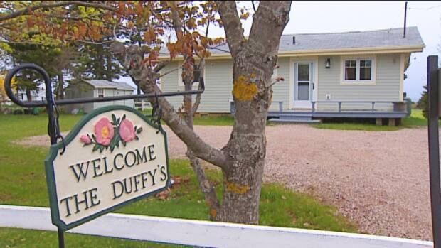 Mike Duffy had claimed his cottage in Cavendish, P.E.I., as his primary residence, allowing him to claim a per diem from the Senate.