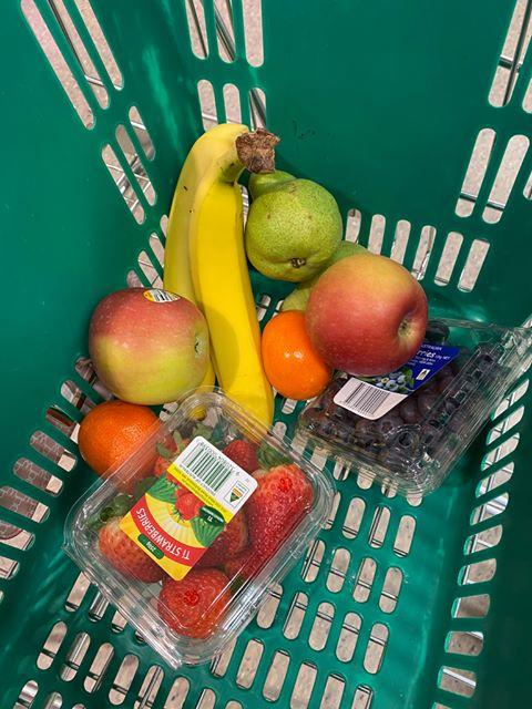 Images of fresh fruit bought with $550 coronavirus supplement payment
