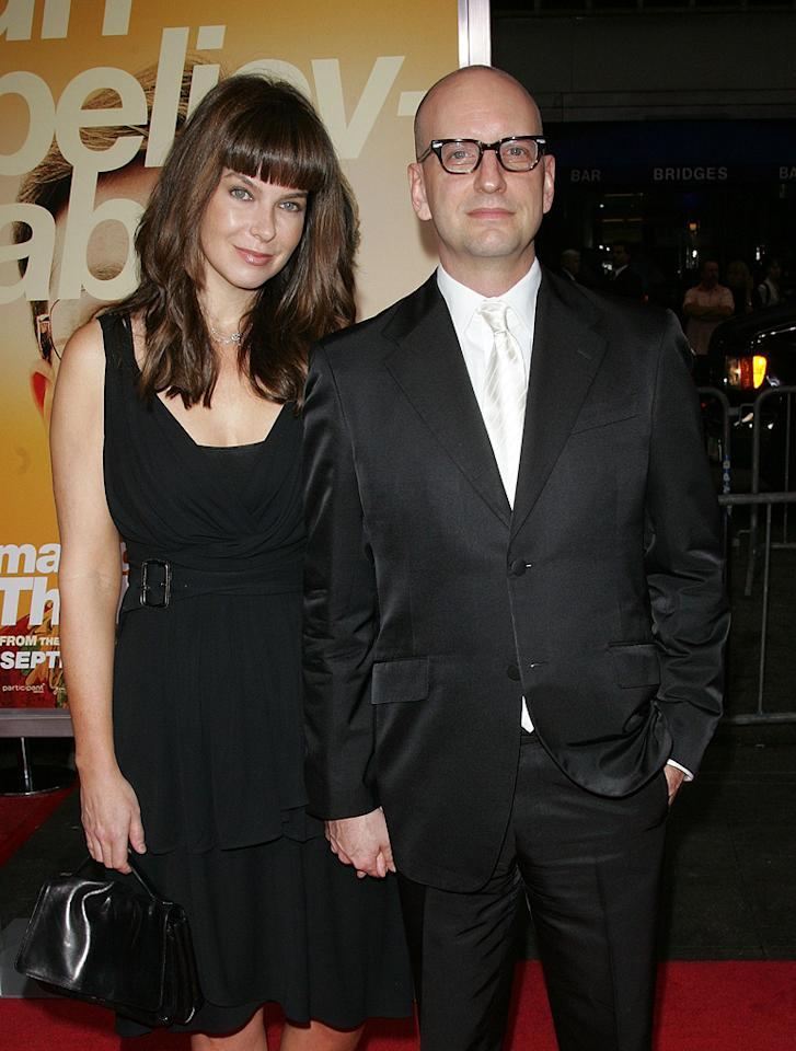 "<a href=""http://movies.yahoo.com/movie/contributor/1804379963"">Jules Asner</a> and <a href=""http://movies.yahoo.com/movie/contributor/1800019577"">Steven Soderbergh</a> at the New York City premiere of <a href=""http://movies.yahoo.com/movie/1810035860/info"">The Informant!</a> - 09/15/2009"