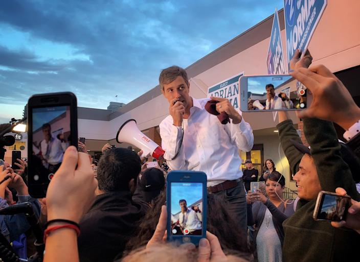 Texas Democratic Senate hopeful Beto O'Rourke campaigns near a polling site as early voting kicked off Monday in Houston. (Holly Bailey/Yahoo News)