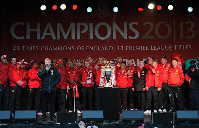 MANCHESTER, ENGLAND - MAY 13: Manchester United manager Sir Alex Ferguson speaks to the crowd during the Manchester United Premier League Winners Parade at Manchester Town Hall on May 13, 2013 in Manchester, England. (Photo by Chris Brunskill/Getty Images)