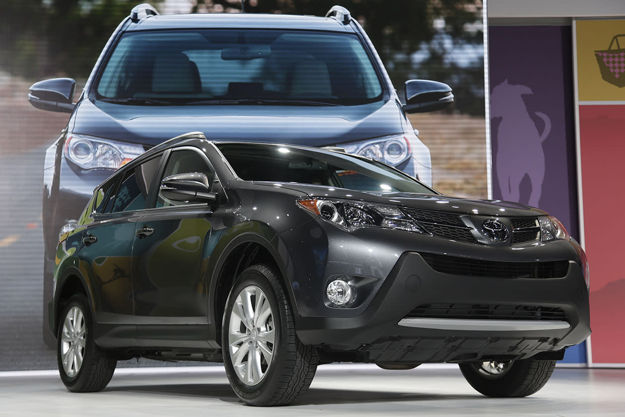 <b>Toyota RAV4</b><br><br>Making 176 horsepower from a four-cylinder engine, the RAV4 no longer has a V-6 option.