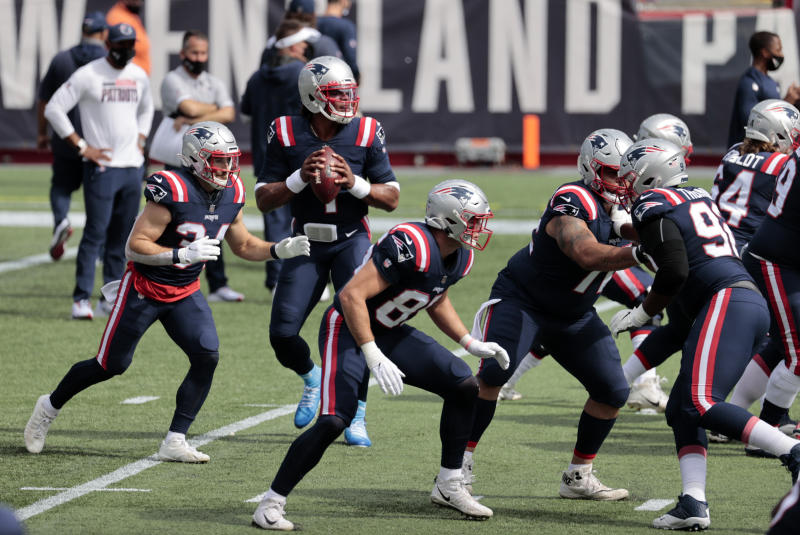 FOXBOROUGH, MA - SEPTEMBER 27: New England Patriots quarterback Cam Newton (1) drops back to pass before a game between the New England Patriots and the Las Vegas Raiders on September 27, 2020, at Gillette Stadium in Foxborough, Massachusetts. (Photo by Fred Kfoury III/Icon Sportswire via Getty Images)