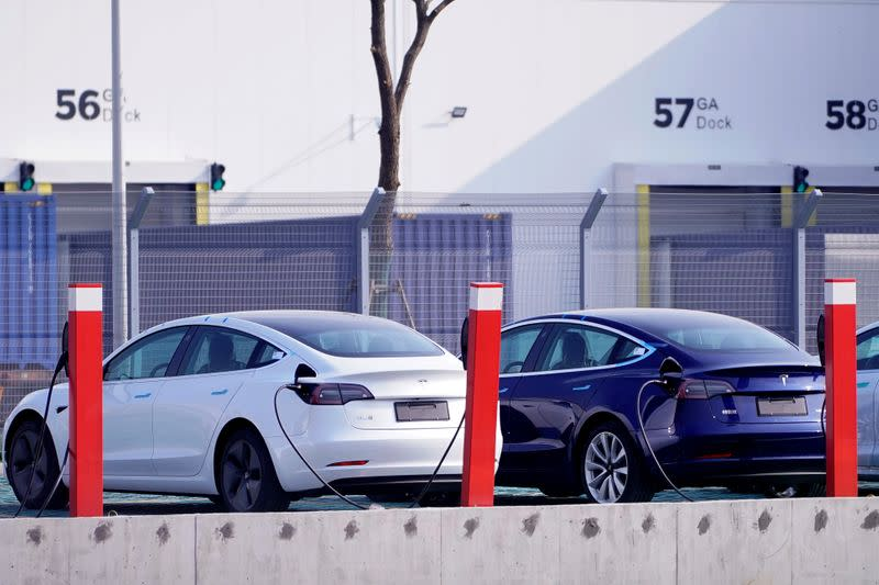 Tesla Lines Up $1.4 Billion In Financing From Chinese Banks