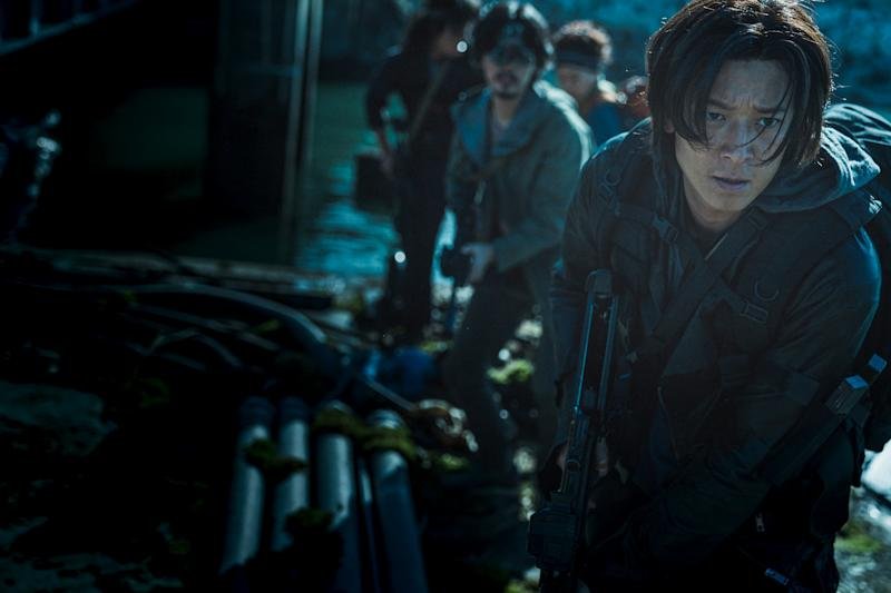 Gang Dong-won in Korean zombie action movie Train To Busan: Peninsula. (PHOTO: Clover Films)
