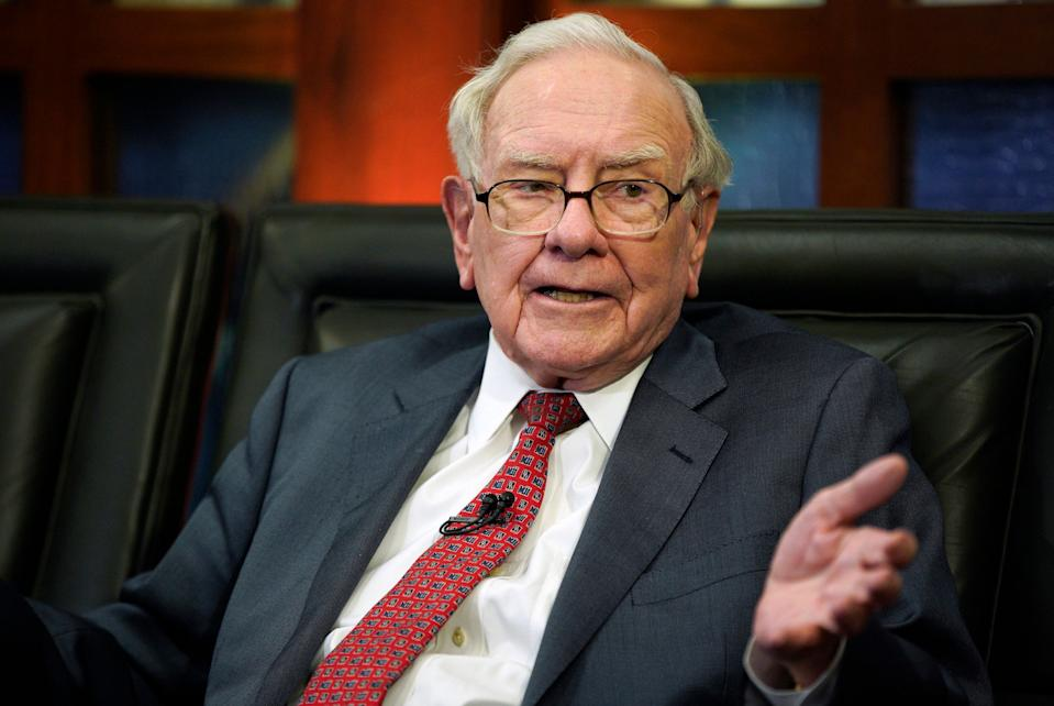 """FILE- In this May 7, 2018, file photo Berkshire Hathaway Chairman and CEO Warren Buffett speaks during an interview in Omaha, Neb., with Liz Claman on Fox Business Network's """"Countdown to the Closing Bell."""" Berkshire Hathaway Inc. reports earnings Friday, Feb. 22, 2019. (AP Photo/Nati Harnik, File)s"""