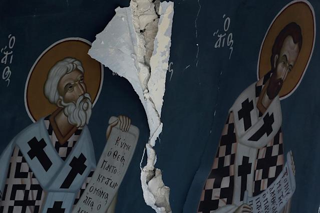 <p>Icons are seen inside a damaged church following an earthquake off the island of Kos, Greece, July 21, 2017. (Photo: Costas Baltas/Reuters) </p>