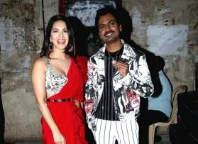 Sunny Leone's song shoot comes to a halt after technicians protest