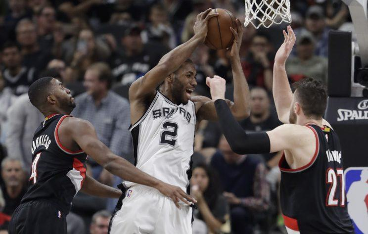 Kawhi Leonard was terrific, but the Spurs missed an opportunity on Wednesday. (AP)