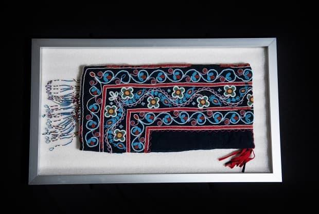 The hood was made in the 1850s and originally belonged to Jane Gunner from Mistissini, Que. It's not known how it ended up in a private collection that was then donated to the Lachine museum.  (Submitted by Ville de Montréal - image credit)
