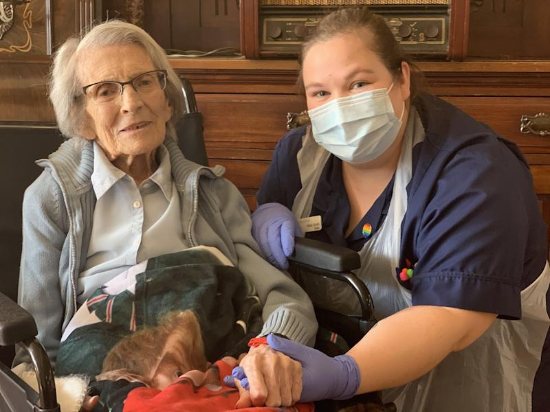 106-year-old woman released from hospital after recovering from coronavirus