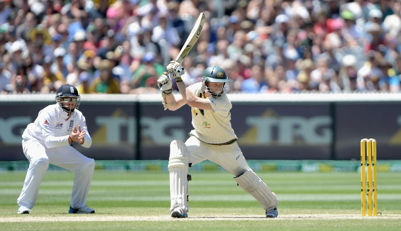 MELBOURNE, AUSTRALIA - DECEMBER 29:  Chris Rogers of Australia bats during day four of the Fourth Ashes Test Match between Australia and England at Melbourne Cricket Ground on December 29, 2013 in Melbourne, Australia.  (Photo by Gareth Copley/Getty Images)