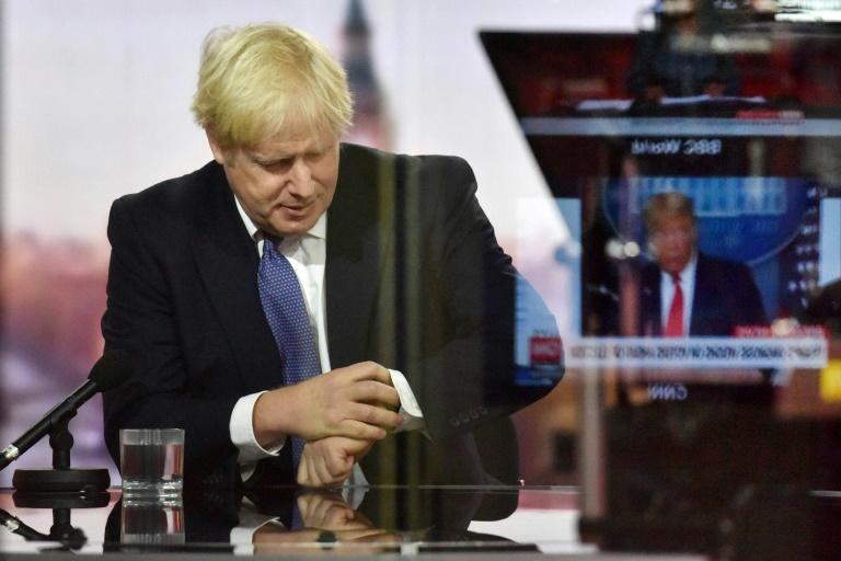 Pound wobbles as Johnson says get ready for 'no-deal' Brexit