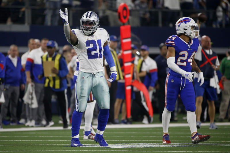 Dallas Cowboys running back Ezekiel Elliott (21) is part of an offense that should be one of the NFL's best. (AP Photo/Ron Jenkins)
