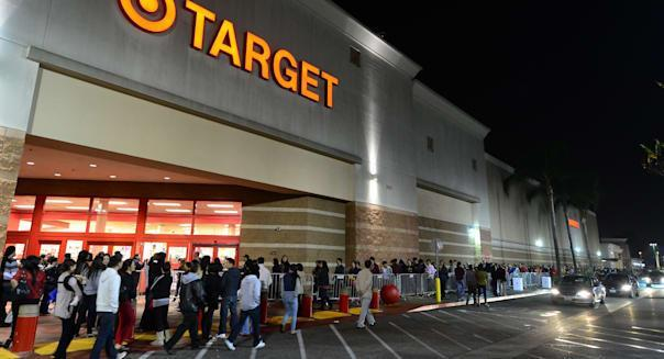 US-LIFESTYLE-HOLIDAY-RETAIL-THANKSGIVING