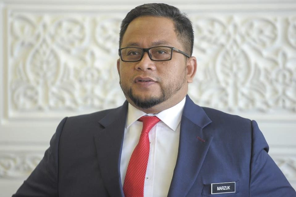 LFL accused the Ahmad Marzuk of trying to distract the public from focusing on the real issue affecting Malaysians amid the Covid-19 pandemic. ― Picture by Shafwan Zaidon