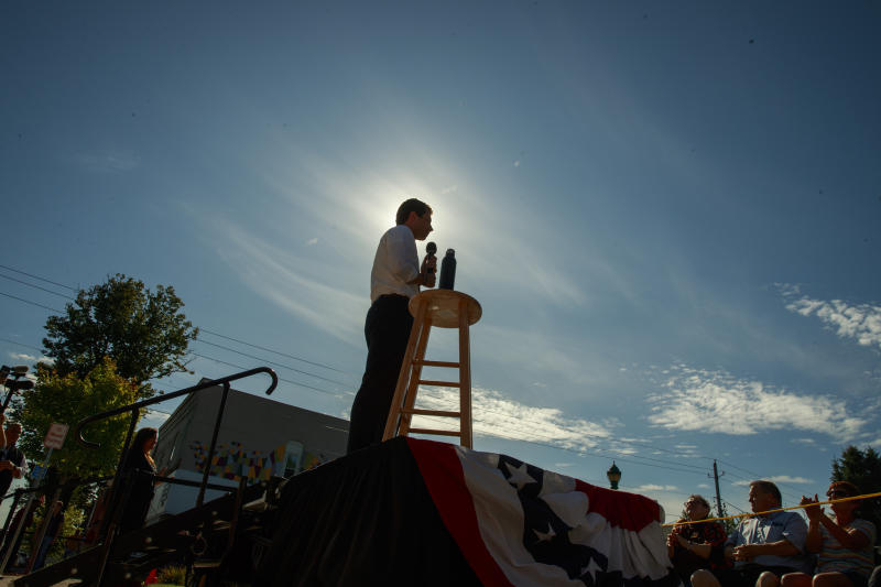 South Bend, Indiana Mayor Pete Buttigieg, who is running for the Democratic nomination for president of the United States, campaigns in Clinton, Iowa. Buttigieg was on a four day campaign bus tour of Iowa. (Photo:Jeremy Hogan/SOPA Images/LightRocket via Getty Images)