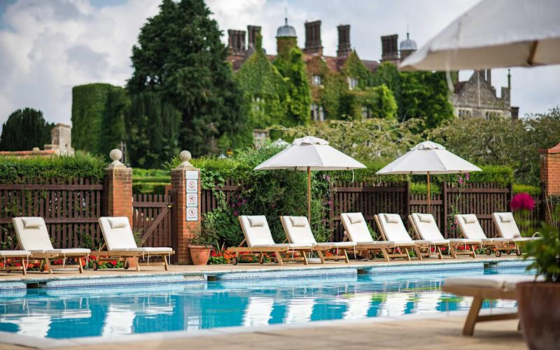 Eastwell Manor's spa is one of the best in Kent, with an extensive range of wellbeing and beauty treatments, a 20-metre pool, sauna, steam room and hydrotherapy pool, and gym - Fleur Challis Photography