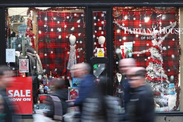 Shoppers on Buchanan Street, Glasgow