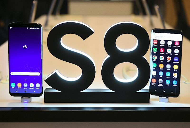 The Samsung Galaxy S8 smartphone is the firm's first major launch since last year's humiliating withdrawal of the Galaxy Note 7 over exploding batteries, which hammered its once-stellar reputation (AFP Photo/JUNG Yeon-Je)