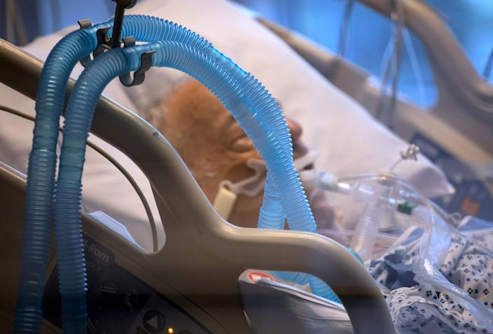 A man with COVID-19 on a ventilator in Stamford, Conn. (John Moore/Getty Images)