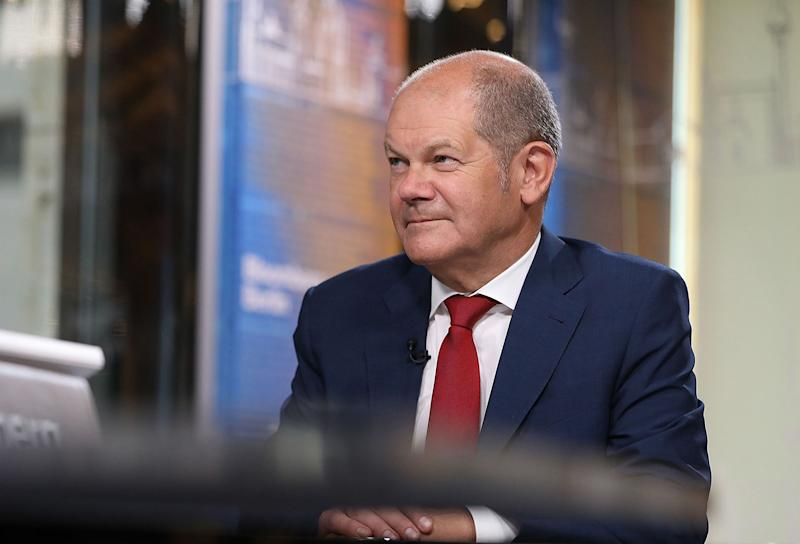 Germany's Scholz Seeks 57 Billion-Euro Aid Plan for Municipalities