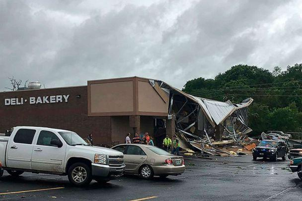 Severe weather warning as 'violent tornado' touches down in Missouri