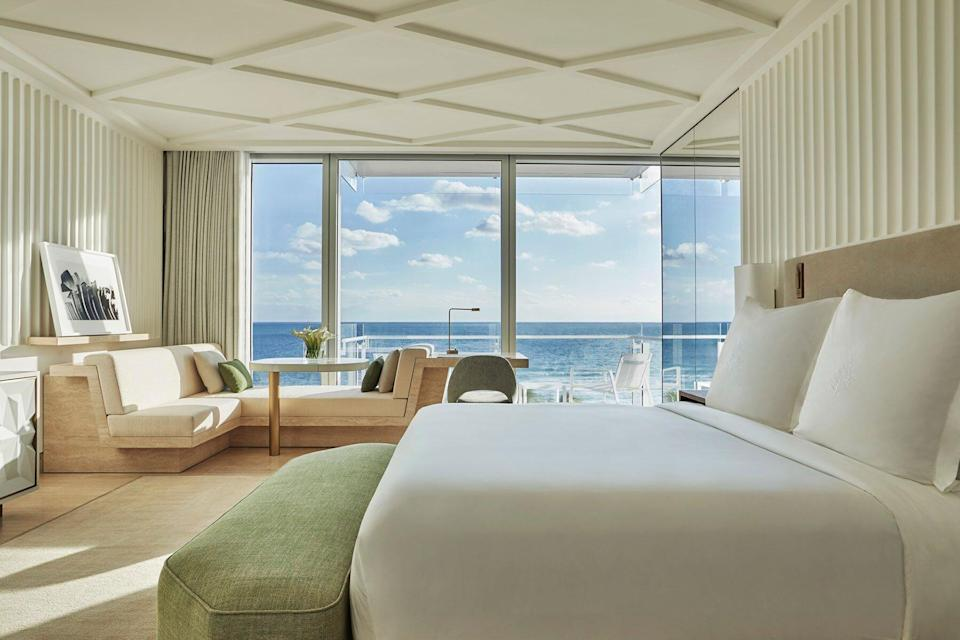Four Seasons Hotel at the Surf Club
