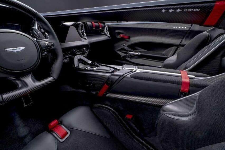 Aston Martin V12 Speedster interior