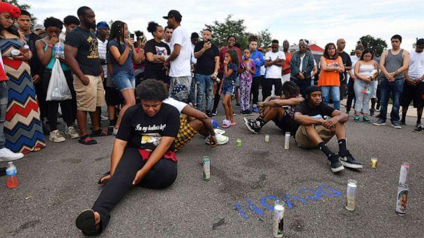 PHOTO: Family, friends and supporters of De'von Bailey gathered for a prayer and candlelight vigil on, Aug. 4, 2019 in Colorado Springs, Colorado. (Jerilee Bennett/The Gazette via AP)