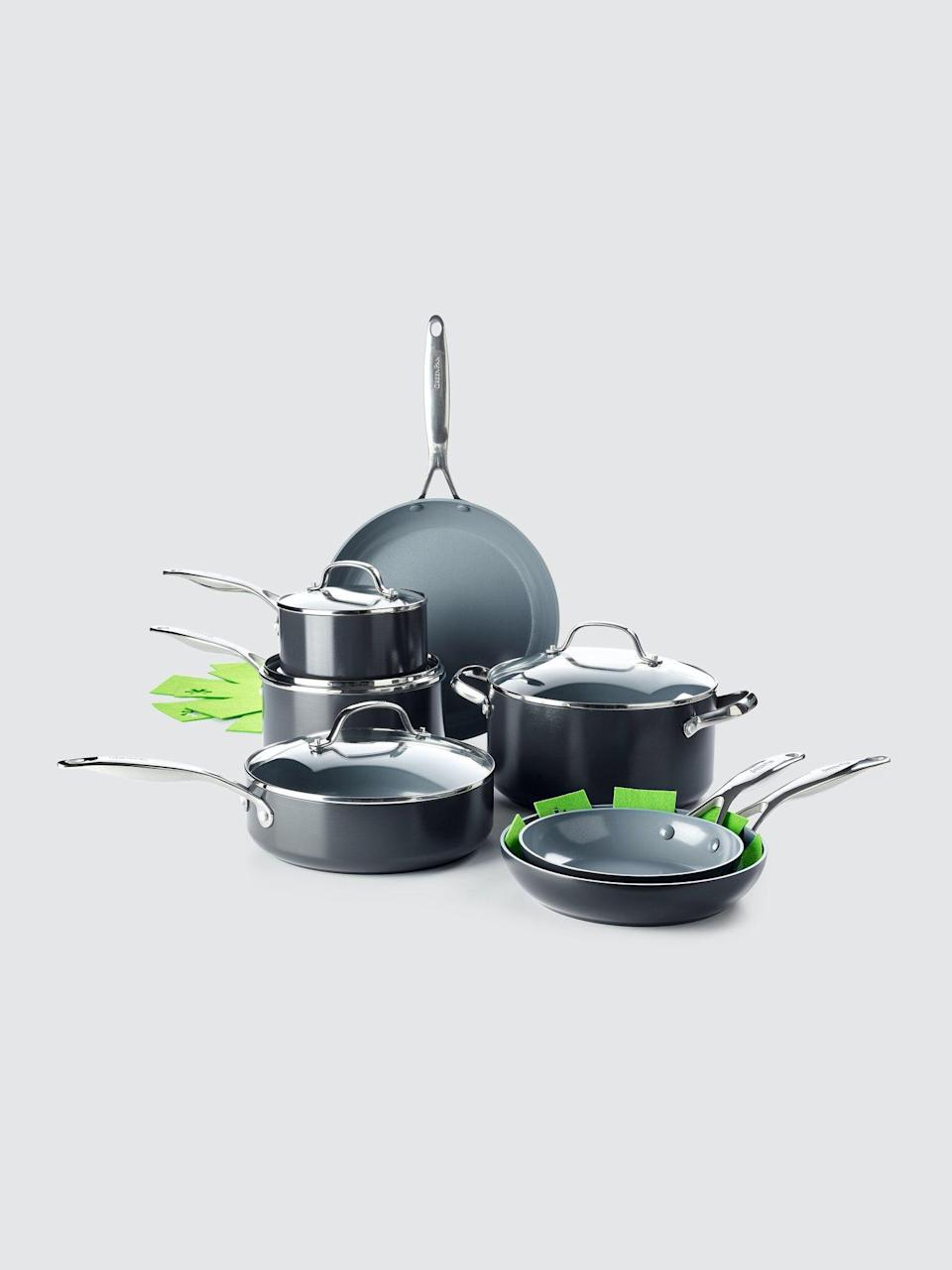 """<p><strong>Greenpan</strong></p><p>verishop.com</p><p><strong>$299.99</strong></p><p><a href=""""https://go.redirectingat.com?id=74968X1596630&url=https%3A%2F%2Fwww.verishop.com%2Fgreenpan%2Fcookware%2Fvalencia-pro-magneto-11-piece-set-with-3-bonus-protectors%2Fp4449542111255%3Fvariant_id%3D31538941919255&sref=https%3A%2F%2Fwww.menshealth.com%2Ftechnology-gear%2Fg35237975%2Flong-distance-relationship-gifts%2F"""" rel=""""nofollow noopener"""" target=""""_blank"""" data-ylk=""""slk:Shop Now"""" class=""""link rapid-noclick-resp"""">Shop Now</a></p><p>Cooking together via Facetime is highly underrated. Gift your partner a full set of kitchenware to help get the ball rolling. </p>"""