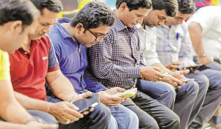 Chinese brands rule smartphone market In India with 2/3rds of share: report