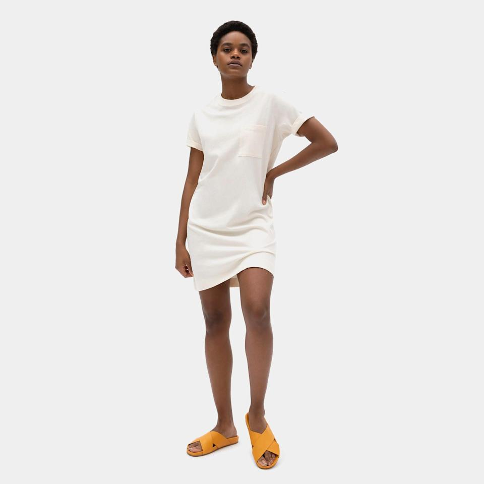 """If you're spending today deal hunting, the Everlane <a href=""""https://www.everlane.com/collections/womens-sale"""" rel=""""nofollow noopener"""" target=""""_blank"""" data-ylk=""""slk:&quot;Choose What You Pay&quot; sale is right this way"""" class=""""link rapid-noclick-resp"""">""""Choose What You Pay"""" sale is right this way</a>. <br> <br> <strong>Everlane</strong> The Weekend Tee Dress - Canvas, $, available at <a href=""""https://go.skimresources.com/?id=30283X879131&url=https%3A%2F%2Fwww.everlane.com%2Fproducts%2Fwomens-weekend-tee-dress-canvas%3Fcollection%3Dwomens-dresses"""" rel=""""nofollow noopener"""" target=""""_blank"""" data-ylk=""""slk:Everlane"""" class=""""link rapid-noclick-resp"""">Everlane</a>"""
