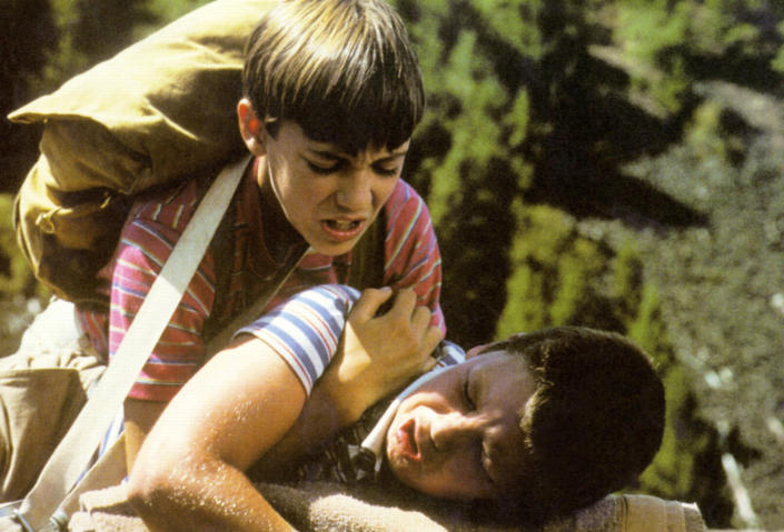 STAND BY ME, Jerry O'Connell (bottom), Wil Wheaton (top), 1986. ©Columbia Pictures/Courtesy Everett