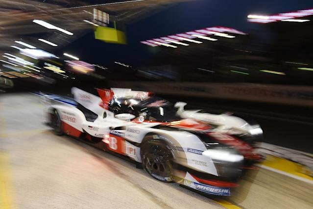 The two Toyota TS050 HYBRIDs are split by under eight seconds after Kazuki Nakajima replaced Fernando Alonso and hounded the #7 car on the Le Mans 24 Hours circuit