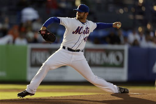 New York Mets starting pitcher Jonathon Niese throws during the first inning of an exhibition spring training baseball game against the Houston Astros Wednesday, March 27, 2013, in Port St. Lucie, Fla. (AP Photo/Jeff Roberson)