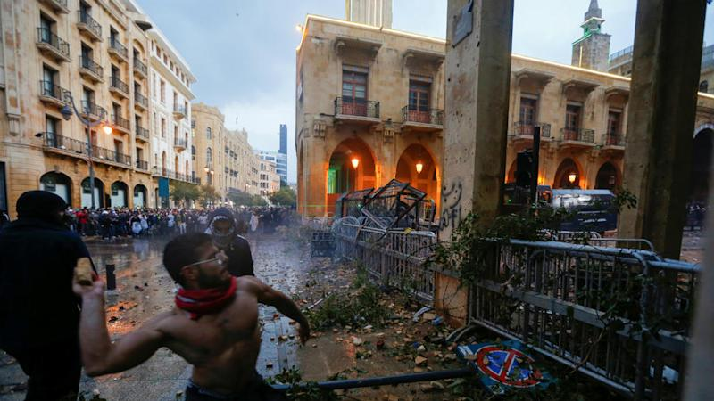 More than a hundred wounded as Lebanese protesters clash with police