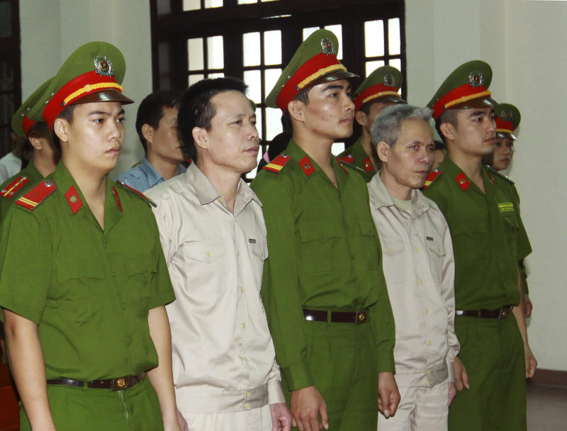 Defiant Vietnamese farmers sentenced to 5 years