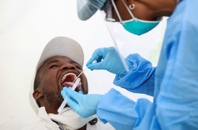FILE PHOTO: The coronavirus disease (COVID-19) outbreak in Diepsloot