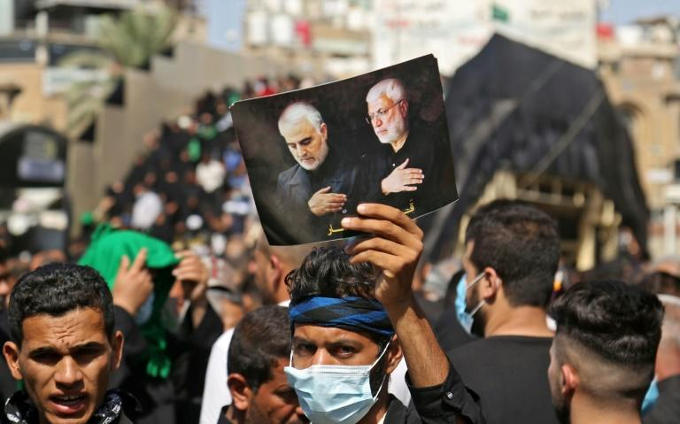 Shiite pilgrims in Iraq mourn martyrs old and new