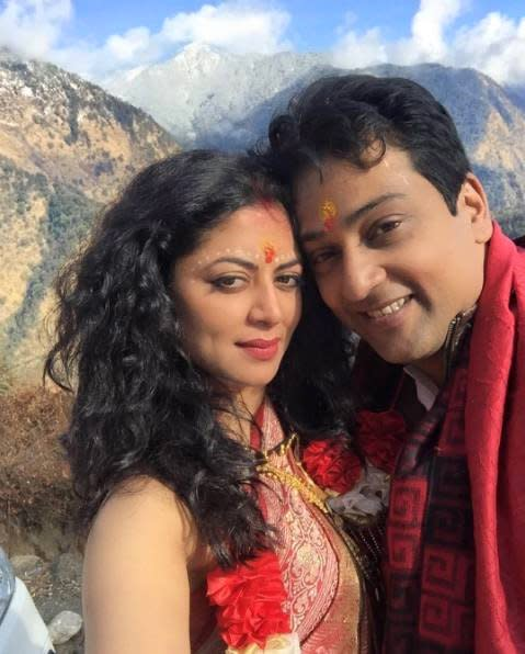 <p>Famous TV actress Kavita Kaushik too enrolled to the double's club this year. Her marriage to boyfriend Ronnit Biswas was kept a private affair and the couple tied the knot in a Shiv-Parvati temple in Kedarnath. However, close friend Aashka and fiance Brent did show up to wish the couple. </p>