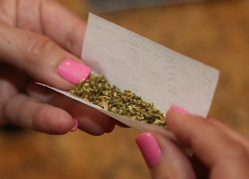 District Attorney Cyrus Vance Jr. is working with Mayor Bill de Blasio on overhaulingthe way theypeople arrested on minor marijuana charges. (Bruce Bennett via Getty Images)