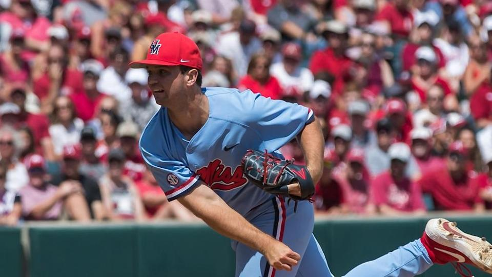 Gunnar Hoglund Mets draft prospect delivers pitch