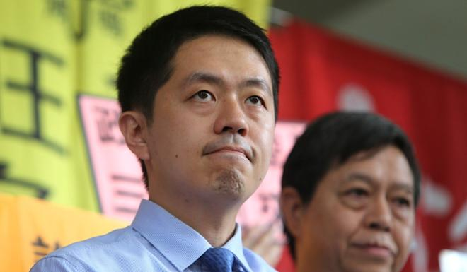 Democratic Party lawmaker Ted Hui objected to awards being given to police officers. Photo: Winson Wong