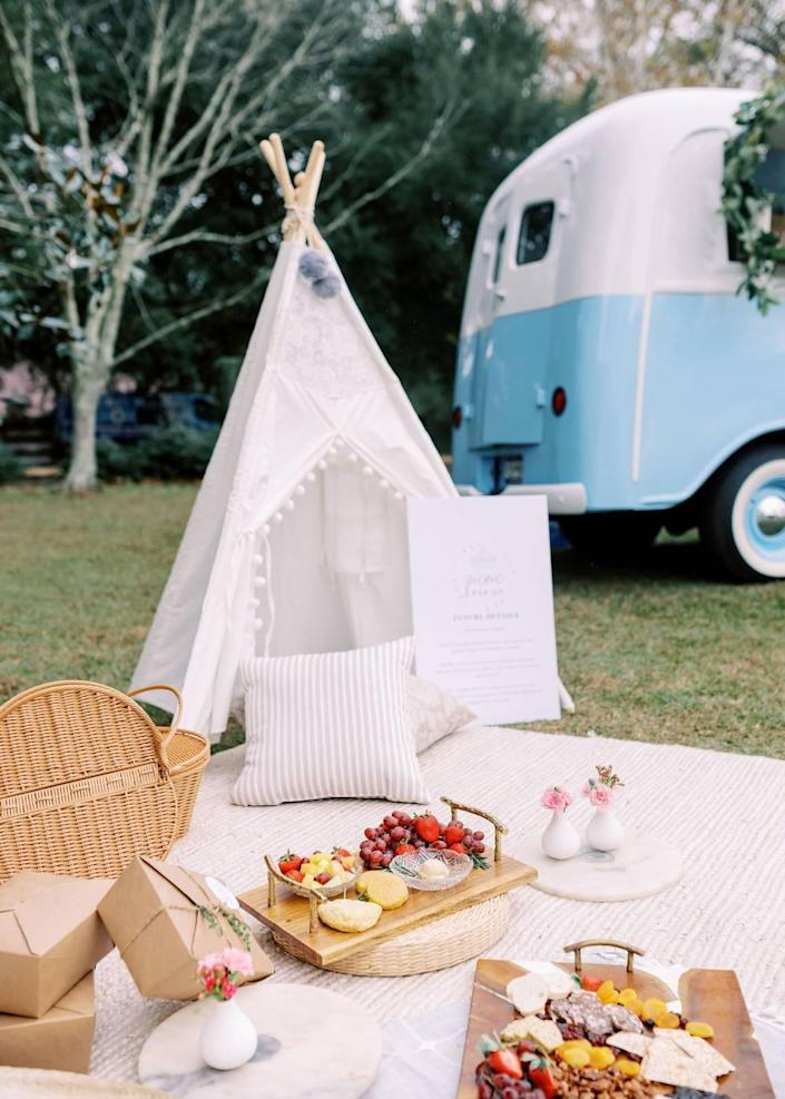 Charcuterie boards, beverage bar tickets and a decorated picnic set-up are included in the monthly Picnic Pop up SC events.