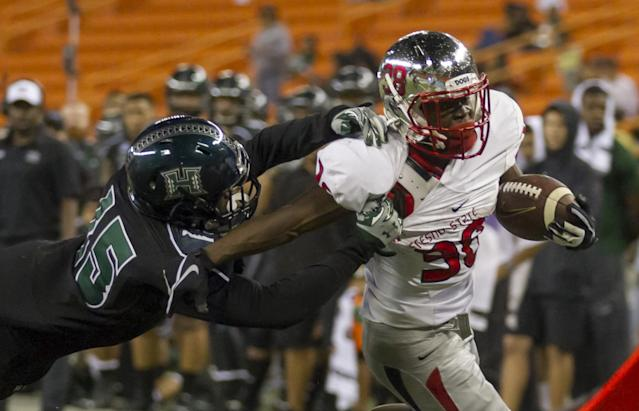Fresno State beat Hawaii 42-14 in 2015. (AP Photo/Eugene Tanner)