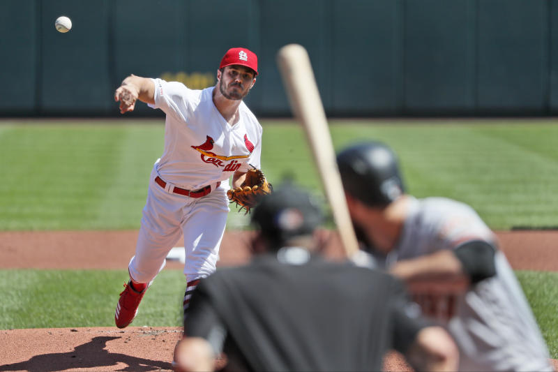 Cardinals rout Giants 10-0, maintain 2½-game NL Central lead