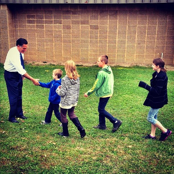 Mitt Romney shakes hands with little kids (Fairfield VA)