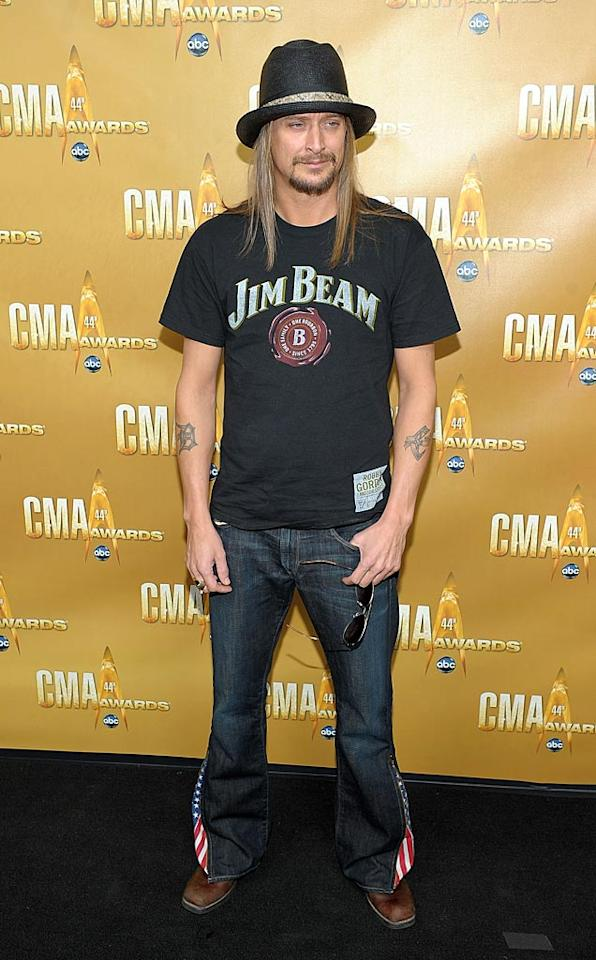 """Kid Rock never gets gussied up, so it's no surprise that he showed up for the CMAs in a painfully casual Jim Beam tee and festive bootcut jeans. Michael Loccisano/<a href=""""http://www.wireimage.com"""" target=""""new"""">WireImage.com</a> - November 10, 2010"""